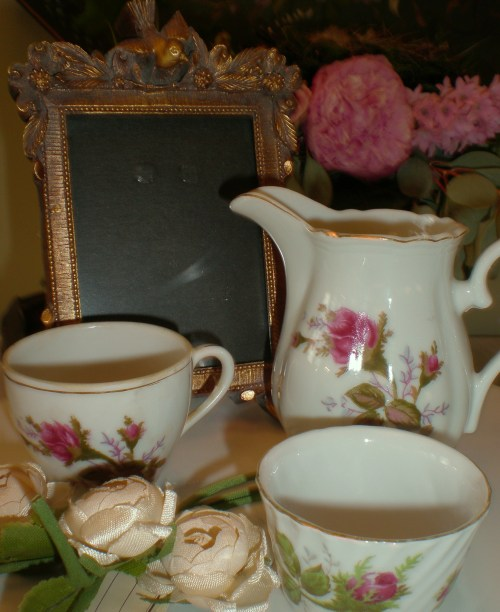 Vintage Moss Rose Finds, Millinery and Bird Frame