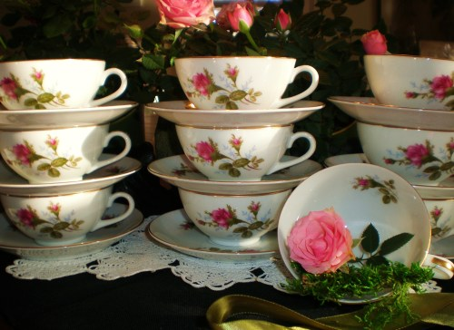Vintage Moss Rose Tea Cups with Moss and Roses