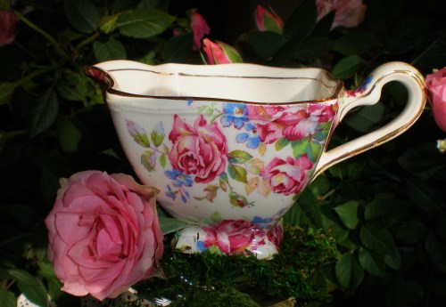 Vintage Rose Chintz Creamer with Pink Roses