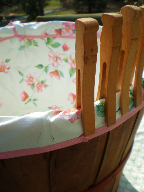 clothes-bushel-basket-2