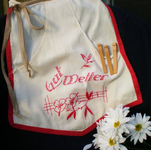 clothes-pin-apron-bag