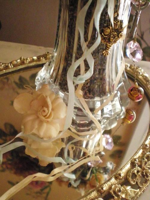 lavendar-lge-shaker-closeup1