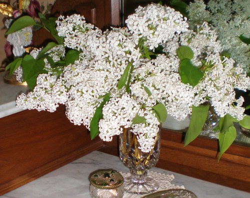 Lilacs - White Powder Room 2