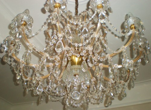 dining room chandelair FAV 1
