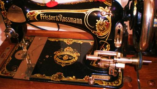 Frister Sewing Machine FAV