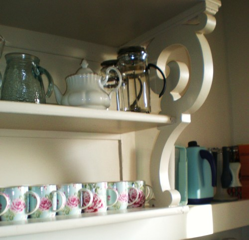 kitchen shelves FAV 1