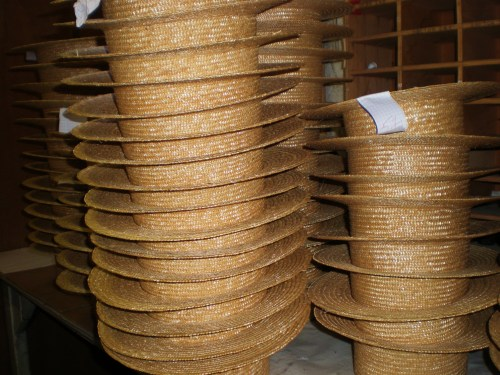 Straw hats stacked FAV 2