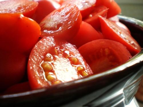 Tomato Halves in bowl FAV